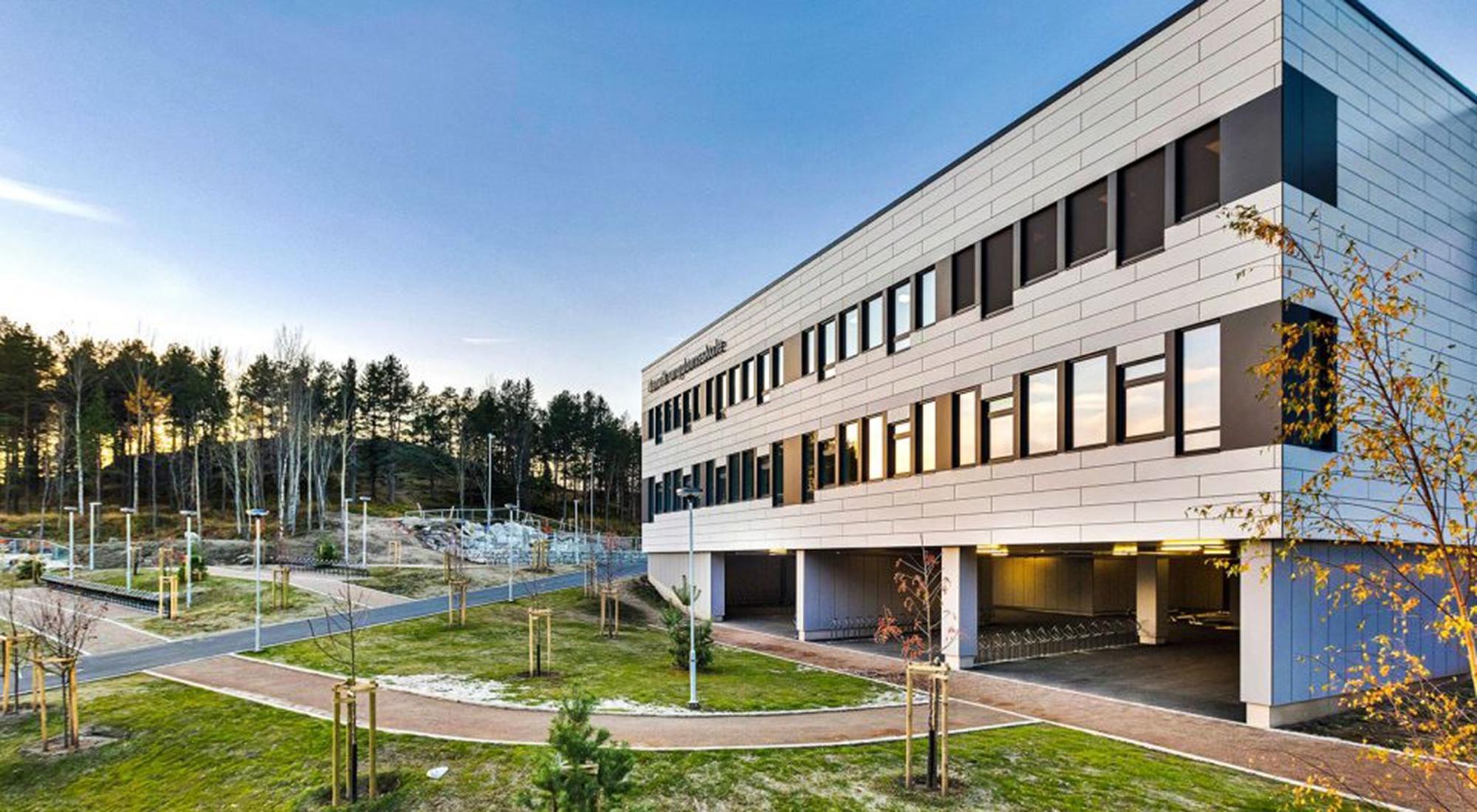 Ny ungdomsskole overlevert i Narvik